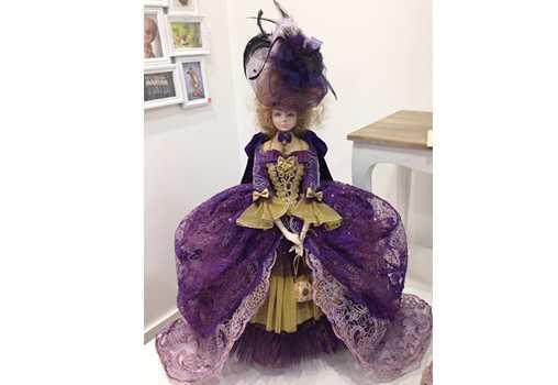 Куклы пластмассовые PAPERCLAY. Gran de Gracia, 11 BARCELONA