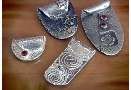 Мастер-класс по созданию кулона из серебряной глины.