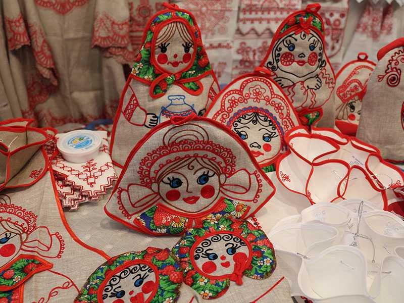 Радуга красок на фестивале «ЖАР-ПТИЦА»