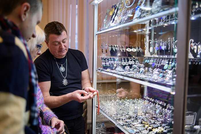 Ярмарка, НЕВСКИЙ СУВЕНИР, весеннее обновление, ювелирных коллекций, разнообразие изделий художественного мастерства