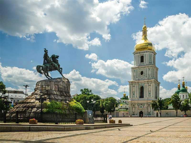 Куда сходить? Гид по Киеву поможет!