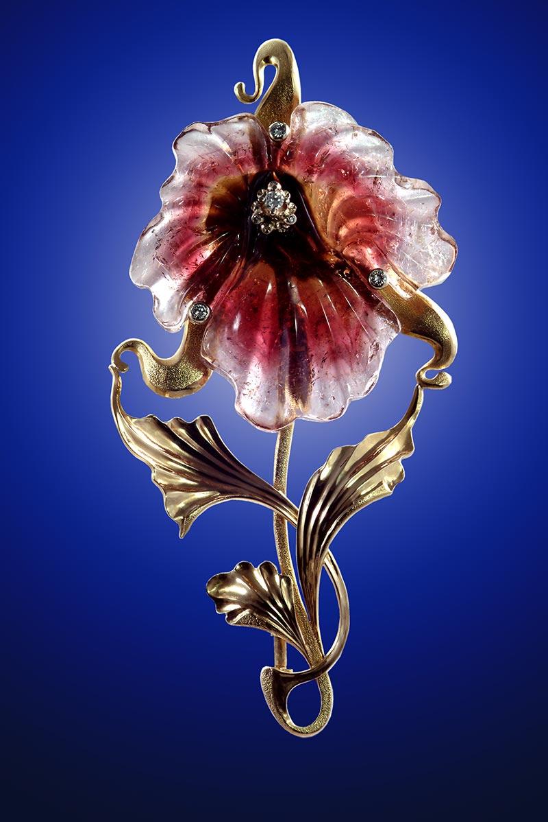 Ювелирная выставки-ярмарки «Симфония самоцветов» с экспозицией «Образ и форма»