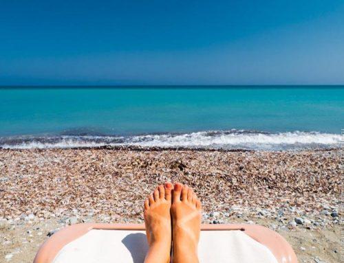 В чем ходить летом на пляже?